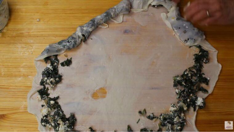 Lokmalık Görülmemiş İkramlık Börek Tarifi 2