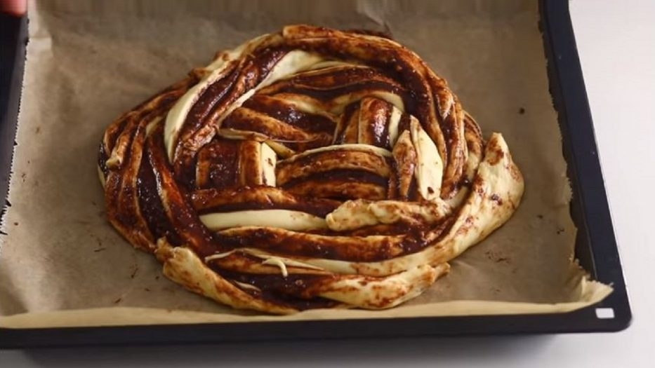 Sonunda Yemeye Kıyamayacağınız Çörek Tarifi 2